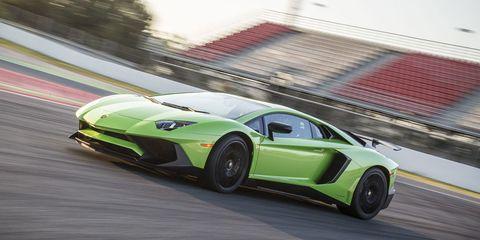 Tire, Wheel, Mode of transport, Automotive design, Vehicle, Performance car, Rim, Car, Supercar, Alloy wheel,