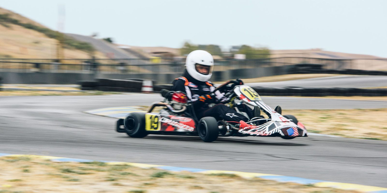 racing karts are brutal ridiculous and you need one now Half Moon C image