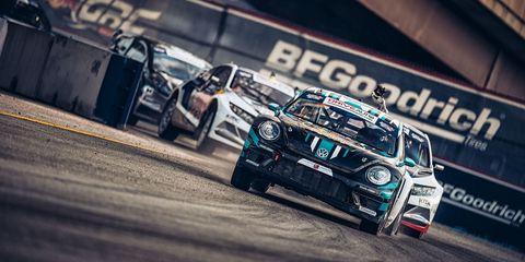 Automotive design, Vehicle, Motorsport, Car, Automotive lighting, Automotive exterior, Sports car racing, Touring car racing, Race track, Racing,