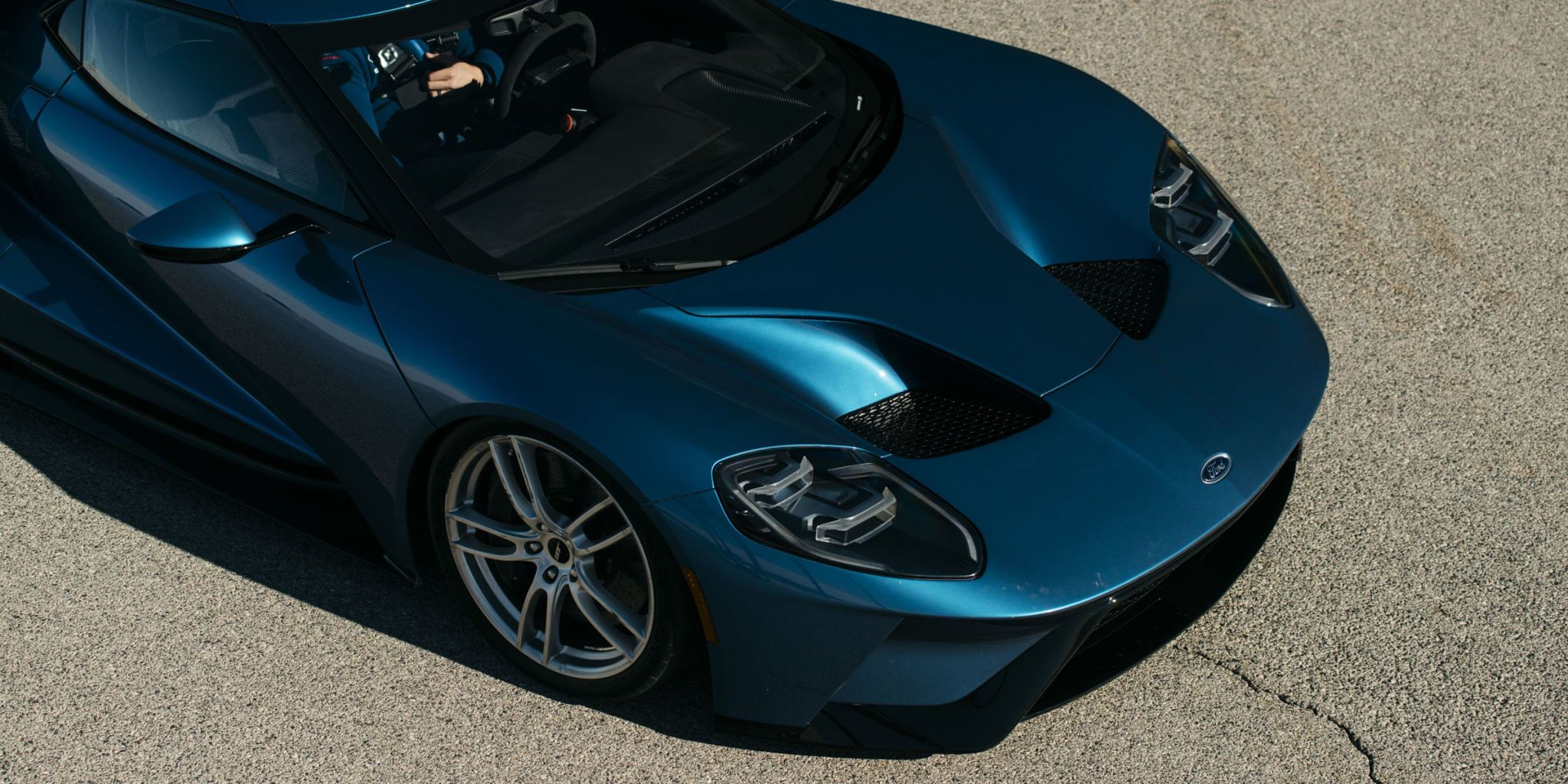 Ford demands a 50-percent down payment on the all-new GT which starts at $450000. Sheesh. & New Ford GT Price - 2017 Ford GT Starts at $450000 markmcfarlin.com