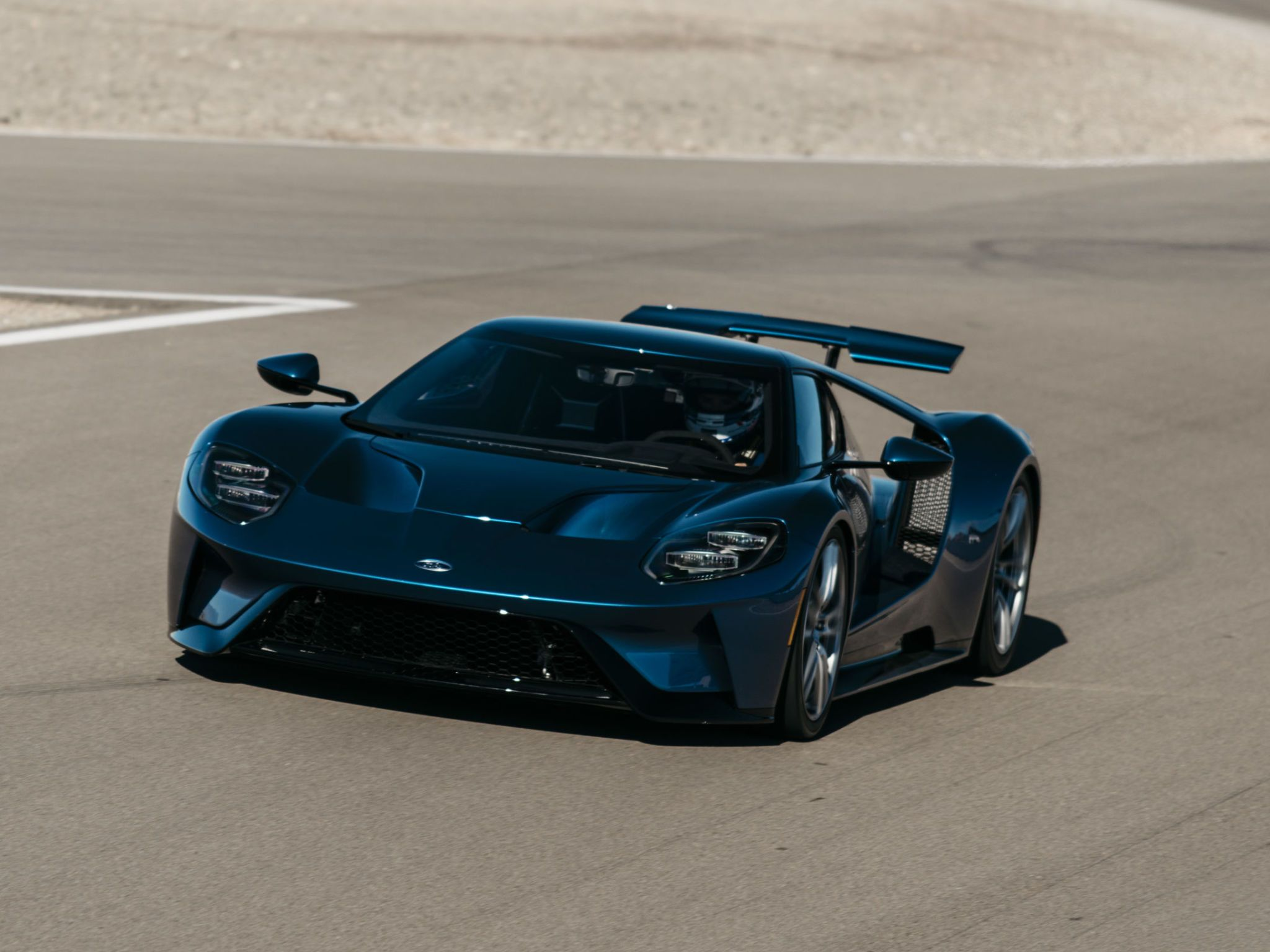 First Ride The All-New Ford GT & New Ford GT First Ride - 2017 Ford GT Review markmcfarlin.com