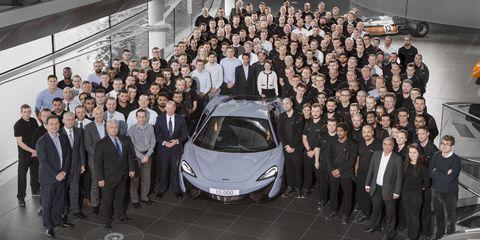 Automotive design, Vehicle, Supercar, Personal luxury car, Luxury vehicle, Suit, Sports car, Performance car, Concept car, Auto show,
