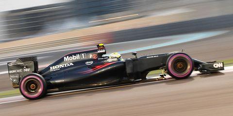 Tire, Wheel, Automotive tire, Automotive design, Open-wheel car, Automotive wheel system, Formula one tyres, Formula one car, Formula one, Car,