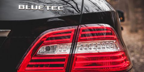 Automotive tail & brake light, Automotive design, Automotive lighting, Automotive exterior, Light, Sport utility vehicle, Luxury vehicle, Brand, Personal luxury car, Automotive light bulb,