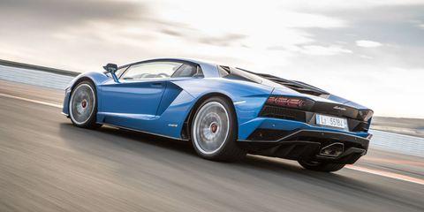 "<p>Lamborghini Aventador S - 730 hp</p><p>Dodge Challenger Hellcat - 707 hp</p><p>McLaren 675LT - 666 hp<span class=""redactor-invisible-space"" data-verified=""redactor"" data-redactor-tag=""span"" data-redactor-class=""redactor-invisible-space""></span><br></p><p><span class=""redactor-invisible-space"" data-verified=""redactor"" data-redactor-tag=""span"" data-redactor-class=""redactor-invisible-space"">Ferrari 488 GTB - 660 hp<span class=""redactor-invisible-space"" data-verified=""redactor"" data-redactor-tag=""span"" data-redactor-class=""redactor-invisible-space""></span><br></span></p><p><span class=""redactor-invisible-space"" data-verified=""redactor"" data-redactor-tag=""span"" data-redactor-class=""redactor-invisible-space""><span class=""redactor-invisible-space"" data-verified=""redactor"" data-redactor-tag=""span"" data-redactor-class=""redactor-invisible-space"">Chevrolet Corvette Z06 - 650 hp<span class=""redactor-invisible-space"" data-verified=""redactor"" data-redactor-tag=""span"" data-redactor-class=""redactor-invisible-space""></span><br></span></span></p><p><strong data-redactor-tag=""strong"">New Ford GT - 647 hp</strong><span class=""redactor-invisible-space"" data-verified=""redactor"" data-redactor-tag=""span"" data-redactor-class=""redactor-invisible-space""><strong data-redactor-tag=""strong""></strong></span></p><p>Porsche 911 Turbo S - 580 hp<br></p><p>Acura NSX - 573 hp<span class=""redactor-invisible-space"" data-verified=""redactor"" data-redactor-tag=""span"" data-redactor-class=""redactor-invisible-space""></span><br></p><p><span class=""redactor-invisible-space"" data-verified=""redactor"" data-redactor-tag=""span"" data-redactor-class=""redactor-invisible-space""></span></p><p><span class=""redactor-invisible-space"" data-verified=""redactor"" data-redactor-tag=""span"" data-redactor-class=""redactor-invisible-space"">Old Ford GT - 550 hp<span class=""redactor-invisible-space"" data-verified=""redactor"" data-redactor-tag=""span"" data-redactor-class=""redactor-invisible-space""></span><br></span></p>"