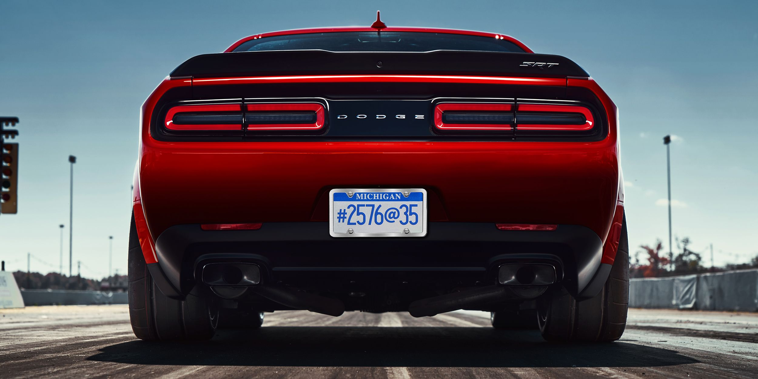 The 2018 Dodge Challenger Srt Demon Wears 315 Width Drag Radials Front And Rear