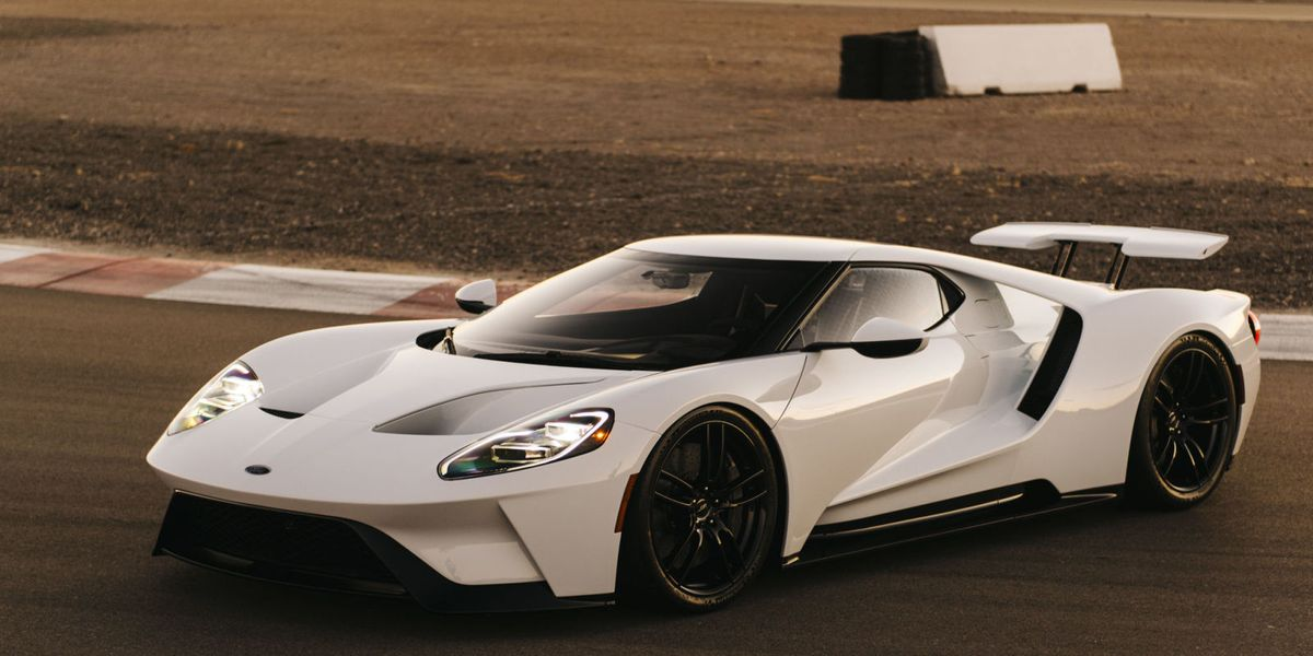 Why Does The Carbon Fiber Ford Gt Weigh More Than 3000 Pounds