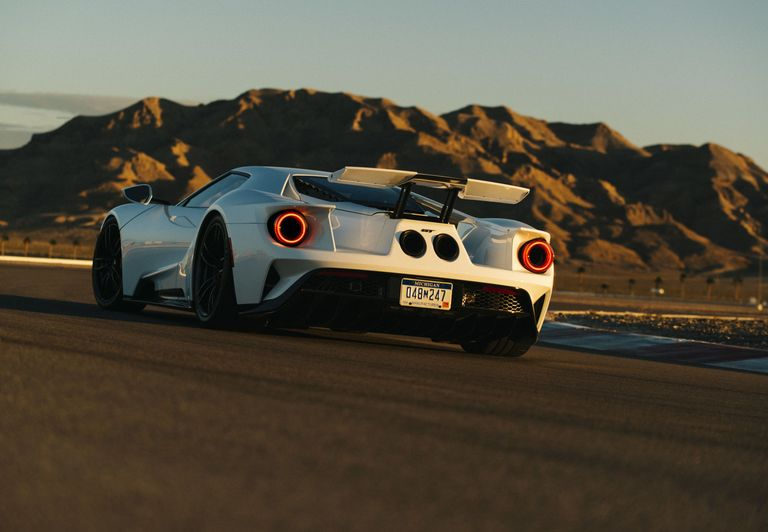 New Ford GT Horsepower - 2017 Ford GT HP, Torque, Top Speed, Weight