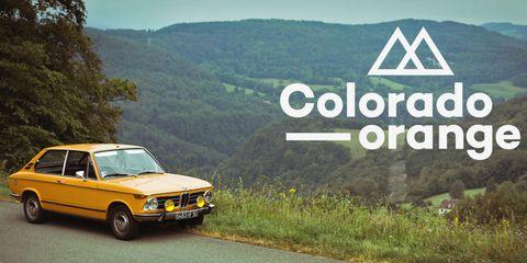 Tire, Wheel, Nature, Road, Vehicle, Automotive parking light, Mountainous landforms, Natural landscape, Highland, Automotive design,