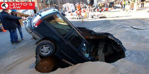 Motor vehicle, Vehicle, Land vehicle, Automotive tire, Automotive exterior, Car, Fender, Automotive wheel system, Auto part, Tread,