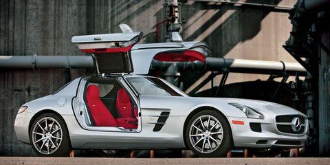 Tire, Wheel, Mode of transport, Automotive design, Vehicle, Transport, Rim, Car, Alloy wheel, Automotive exterior,