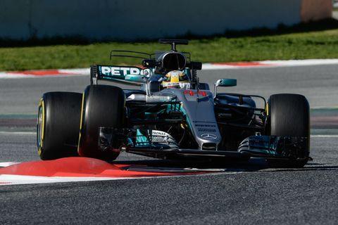 Lewis hamilton 2017 f1 testing barcelona