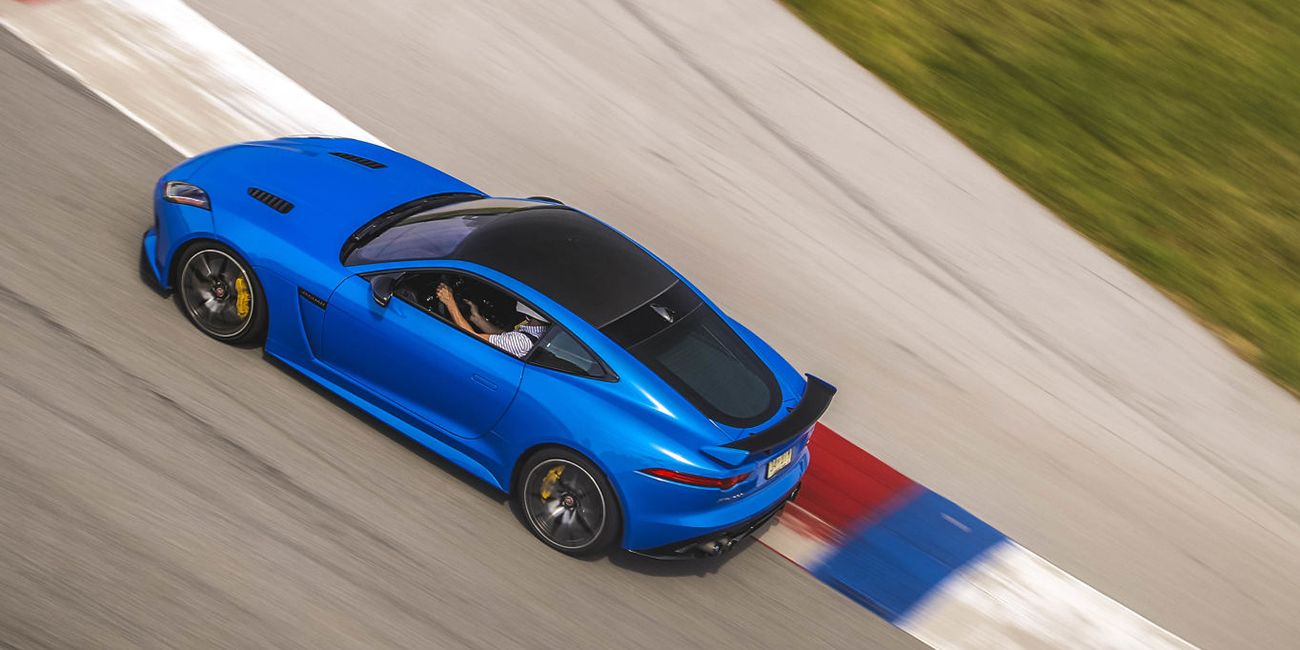 Jaguar Is Rumored To Be Working On An F Type Gt4 Race Car 1950s Cars