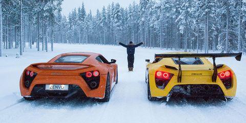 Mode of transport, Automotive design, Vehicle, Automotive lighting, Winter, Car, Supercar, Performance car, Fender, Snow,