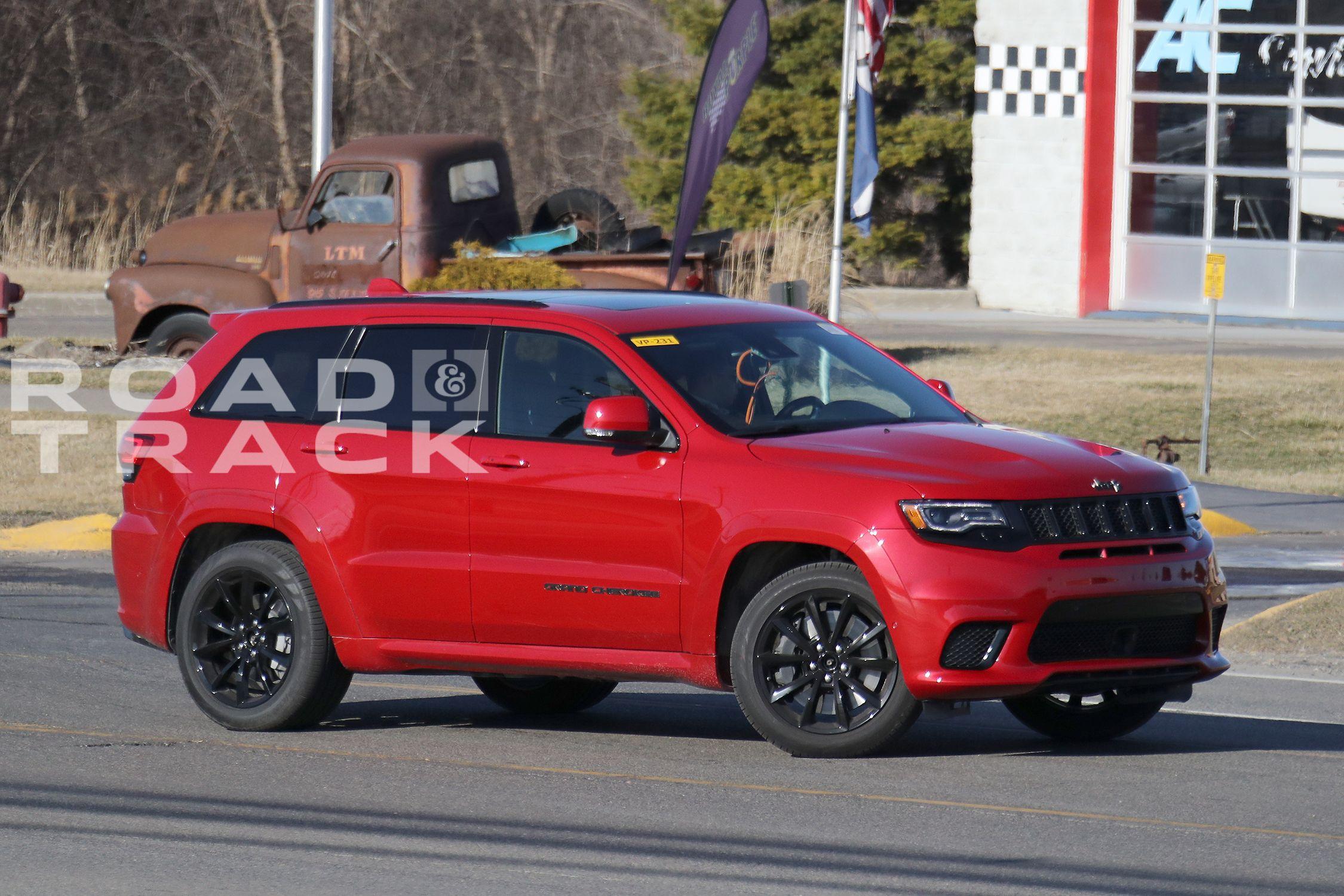 Jeep Grand Cherokee Hellcat Jeep SRT Trackhawk ing to New York