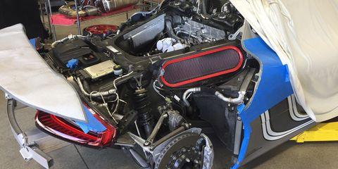 Vehicle, Car, Auto part, Automotive exterior, Engine, Rim,