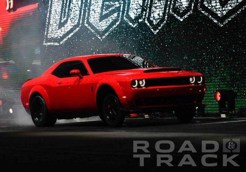 Land vehicle, Vehicle, Car, Muscle car, Coupé, Automotive design, Sports car, Performance car, Classic car, Tire,