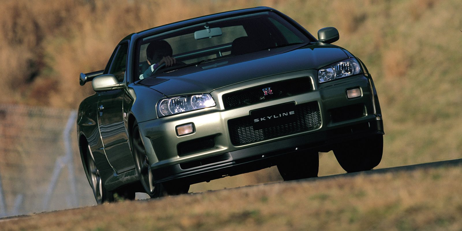 All the nerdy little differences between the r32 r33 and r34 skyline gt r