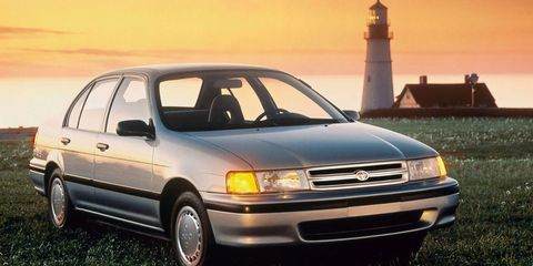 Land vehicle, Vehicle, Car, Toyota tercel, Automotive design, Toyota, Sedan, Subcompact car, Compact car, Hatchback,