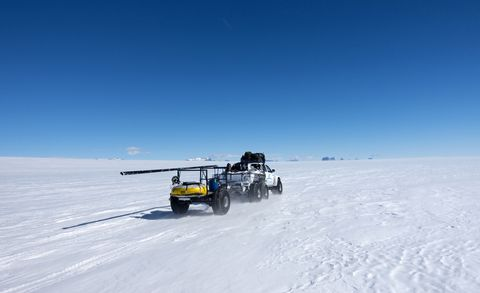 "<p> White Desert, the luxury tour operator of this camp, commissioned Arctic Trucks to provide vehicles and expert support to establish a land route for a future supply line. The team studied almost 1000 miles with a main focus on finding a safe route along the ice shelf. <span class=""redactor-invisible-space"" data-verified=""redactor"" data-redactor-tag=""span"" data-redactor-class=""redactor-invisible-space""></span></p>"