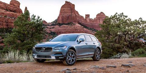 Land vehicle, Vehicle, Car, Motor vehicle, Automotive design, Personal luxury car, Luxury vehicle, Mid-size car, Automotive tire, Performance car,