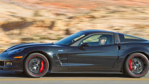 Tire, Wheel, Automotive design, Automotive tire, Vehicle, Hood, Rim, Alloy wheel, Performance car, Spoke,
