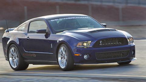 Tire, Automotive design, Blue, Daytime, Vehicle, Hood, Automotive tire, Headlamp, Automotive lighting, Grille,