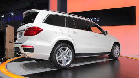 Tire, Wheel, Automotive design, Vehicle, Automotive tire, Alloy wheel, Rim, Car, Spoke, Automotive exterior,