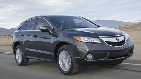 Tire, Motor vehicle, Wheel, Automotive tire, Daytime, Automotive mirror, Product, Vehicle, Automotive lighting, Glass,