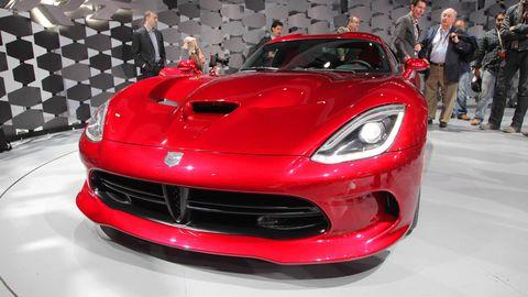 Automotive design, Vehicle, Event, Land vehicle, Performance car, Car, Red, Sports car, Supercar, Hood,