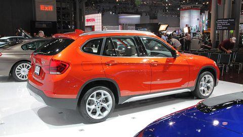 Tire, Wheel, Motor vehicle, Automotive design, Vehicle, Land vehicle, Event, Car, Automotive tire, Automotive wheel system,