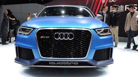 Automotive design, Vehicle, Event, Grille, Car, Exhibition, Audi, Electric blue, Auto show, Luxury vehicle,