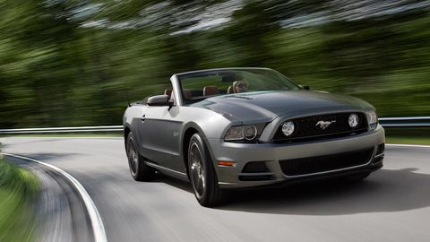 Automotive design, Vehicle, Headlamp, Automotive lighting, Hood, Infrastructure, Car, Automotive exterior, Automotive mirror, Rim,