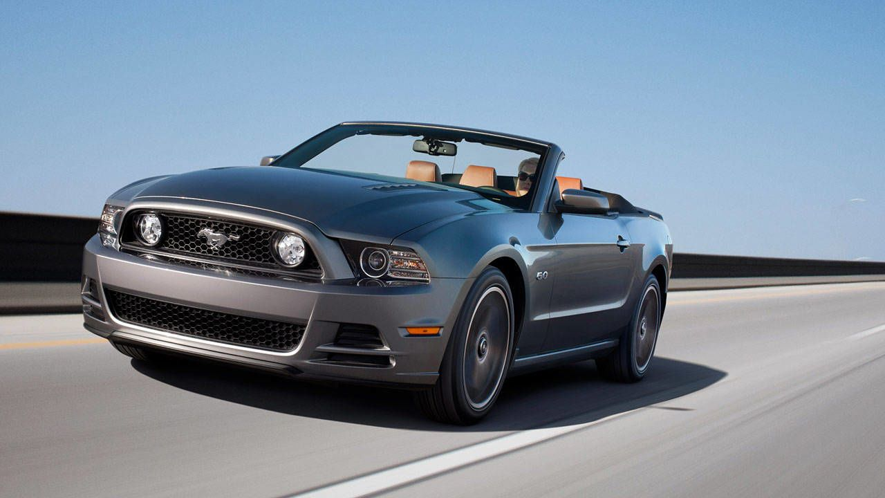 Photos 2013 Ford Mustang Convertible