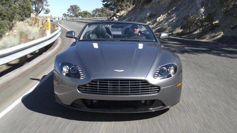 Automotive design, Mode of transport, Vehicle, Infrastructure, Grille, Car, Headlamp, Hood, Light, Personal luxury car,