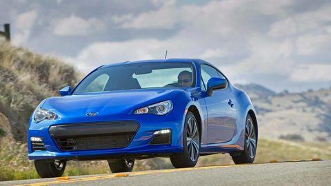 Tire, Wheel, Automotive design, Blue, Vehicle, Land vehicle, Rim, Hood, Transport, Car,