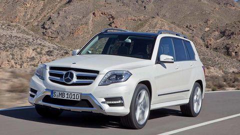 Mode of transport, Automotive design, Vehicle, Automotive mirror, Automotive exterior, Grille, Rim, Car, Alloy wheel, Mercedes-benz,