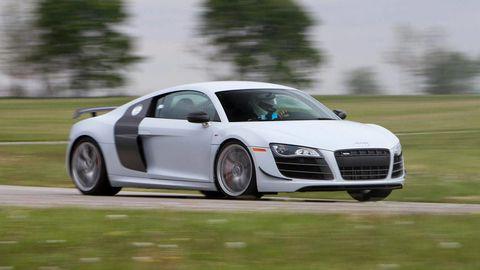 Tire, Wheel, Automotive design, Vehicle, Transport, Land vehicle, Automotive mirror, Car, Grille, Rim,