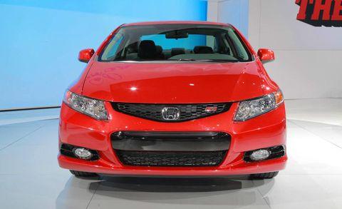 Motor vehicle, Automotive design, Product, Daytime, Vehicle, Automotive lighting, Event, Grille, Car, Hood,