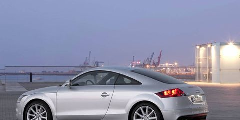 Tire, Wheel, Mode of transport, Automotive design, Vehicle, Alloy wheel, Land vehicle, Rim, Infrastructure, Car,