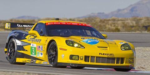 Tire, Wheel, Automotive design, Vehicle, Motorsport, Land vehicle, Sports car racing, Car, Performance car, Race track,
