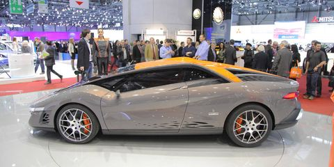 Tire, Wheel, Automotive design, Vehicle, Event, Land vehicle, Car, Rim, Supercar, Personal luxury car,