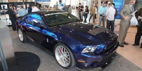 Tire, Wheel, Automotive design, Vehicle, Land vehicle, Headlamp, Rim, Performance car, Hood, Car,