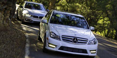 Automotive design, Vehicle, Land vehicle, Grille, Car, Mercedes-benz, Headlamp, Automotive mirror, Automotive lighting, Bumper,