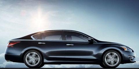 Tire, Wheel, Automotive design, Vehicle, Automotive exterior, Alloy wheel, Car, Automotive lighting, Automotive tire, Rim,