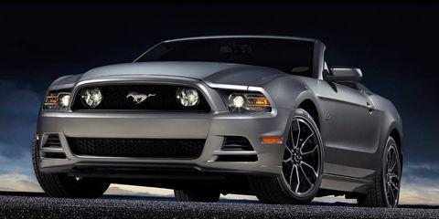Motor vehicle, Automotive design, Vehicle, Automotive lighting, Automotive tire, Hood, Headlamp, Grille, Rim, Car,