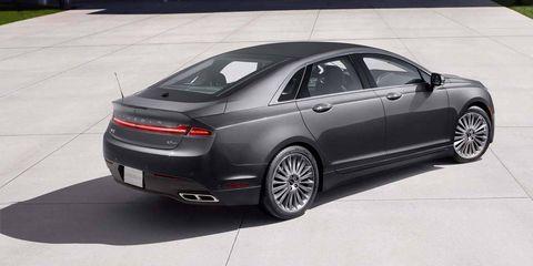 Tire, Wheel, Automotive design, Vehicle, Automotive tire, Rim, Alloy wheel, Car, Full-size car, Personal luxury car,