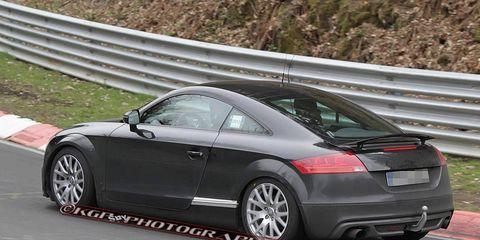 Tire, Wheel, Automotive design, Vehicle, Car, Rim, Alloy wheel, Audi tt, Fender, Automotive wheel system,