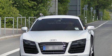 Automotive design, Vehicle, Land vehicle, Grille, Transport, Infrastructure, Car, Hood, Personal luxury car, Audi,