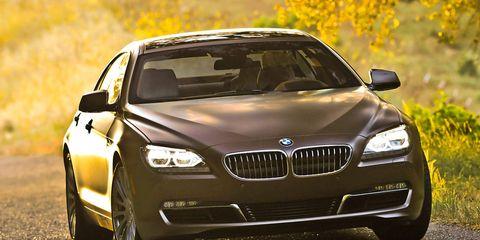Automotive design, Vehicle, Land vehicle, Hood, Car, Grille, Personal luxury car, Luxury vehicle, Automotive lighting, Rim,